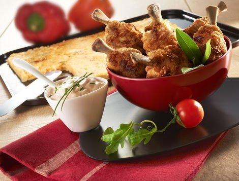Recette du quotidien Maître CoQ, CoQ'Ailes grillé et galettes de polenta tomates confites et mozzarella.