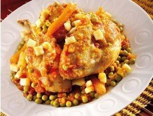 Recette Maître CoQ, de Curry de poulet aux petits pois et jeunes carottes.