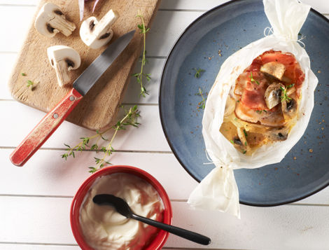 Ne passez pas à côté de notre traditionnelle recette internaute, du Tournedos de dinde en papillote. Un classique pour les fervents de viande tendre.