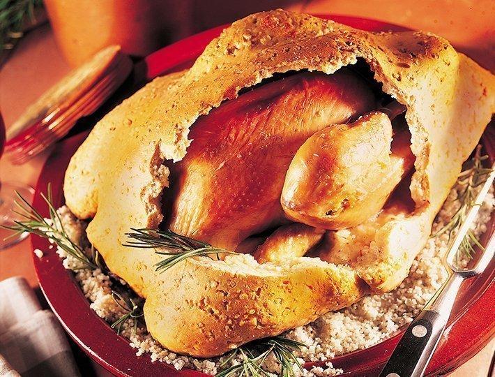 Recette pour épater, de poulet au romarin en pâte à sel.