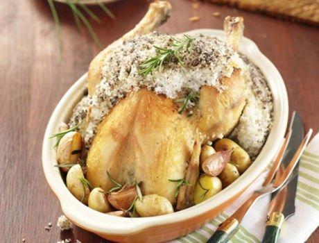 Recette Maître CoQ de poulet en croûte de sel accompagné de ses grenailles de Noirmoutier.