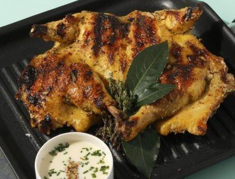 Recette poulet grillé au yaourt et au curry, Maître CoQ.