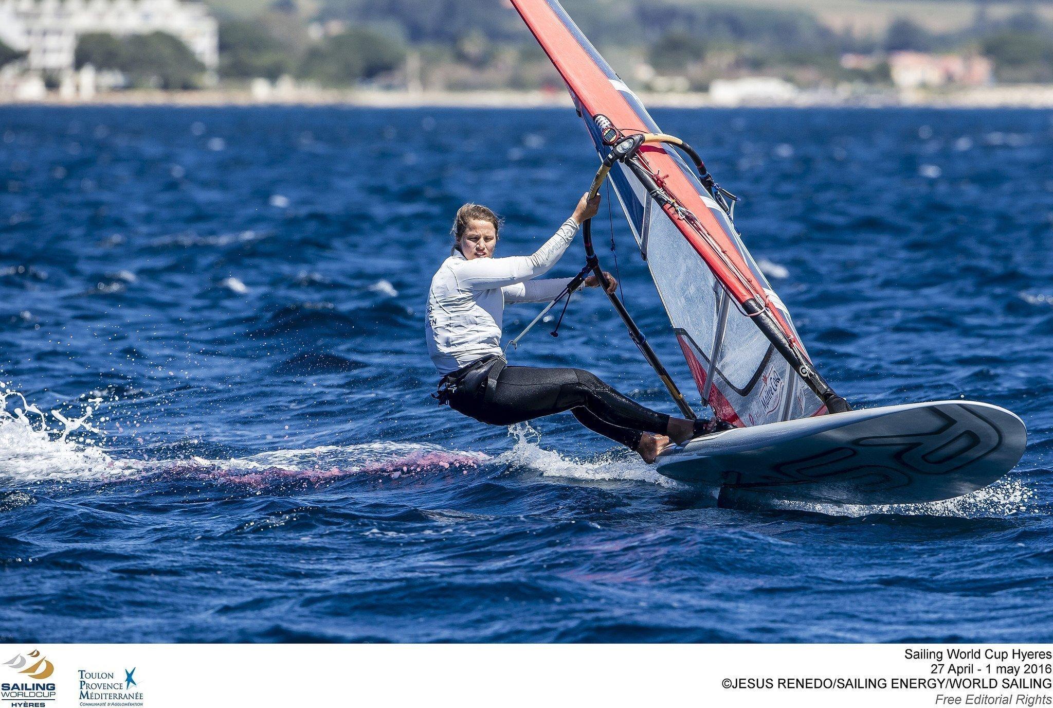 2015-04-26 Hélène Noesmoen – Training – ISAF Sailing World Cup Hyères – Crédit Photo Jesus Renedo – Sailing Energy – World Sailing