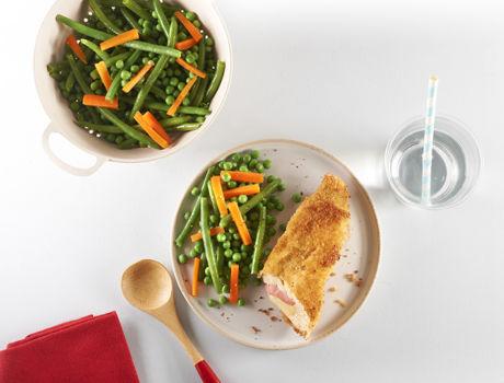 Vous souhaitez faire vos Cordons bleus maison ? Un internaute nous livre sa recette de Cordons bleus fait maison. Un recette astucieuse et très simple !
