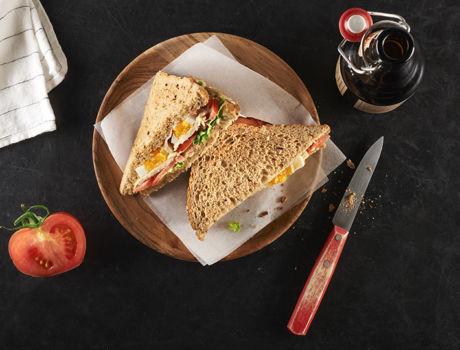 Testez notre recette de sandwich de poulet à la bière de mars. Vous pourrez tester cette recette à l'occasion d'un pique-nique ou bien même d'une ballade.