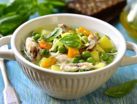 Soupe chinoise, pois gourmands, poulet, carottes, recette Nouvel an Chinois Maître CoQ