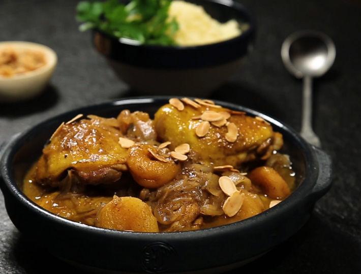 une délicieuse recette de tajine de poulet aux abricots