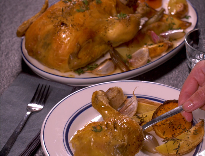 Déguster cette savoureuse recette de poulet rôti à l'orange